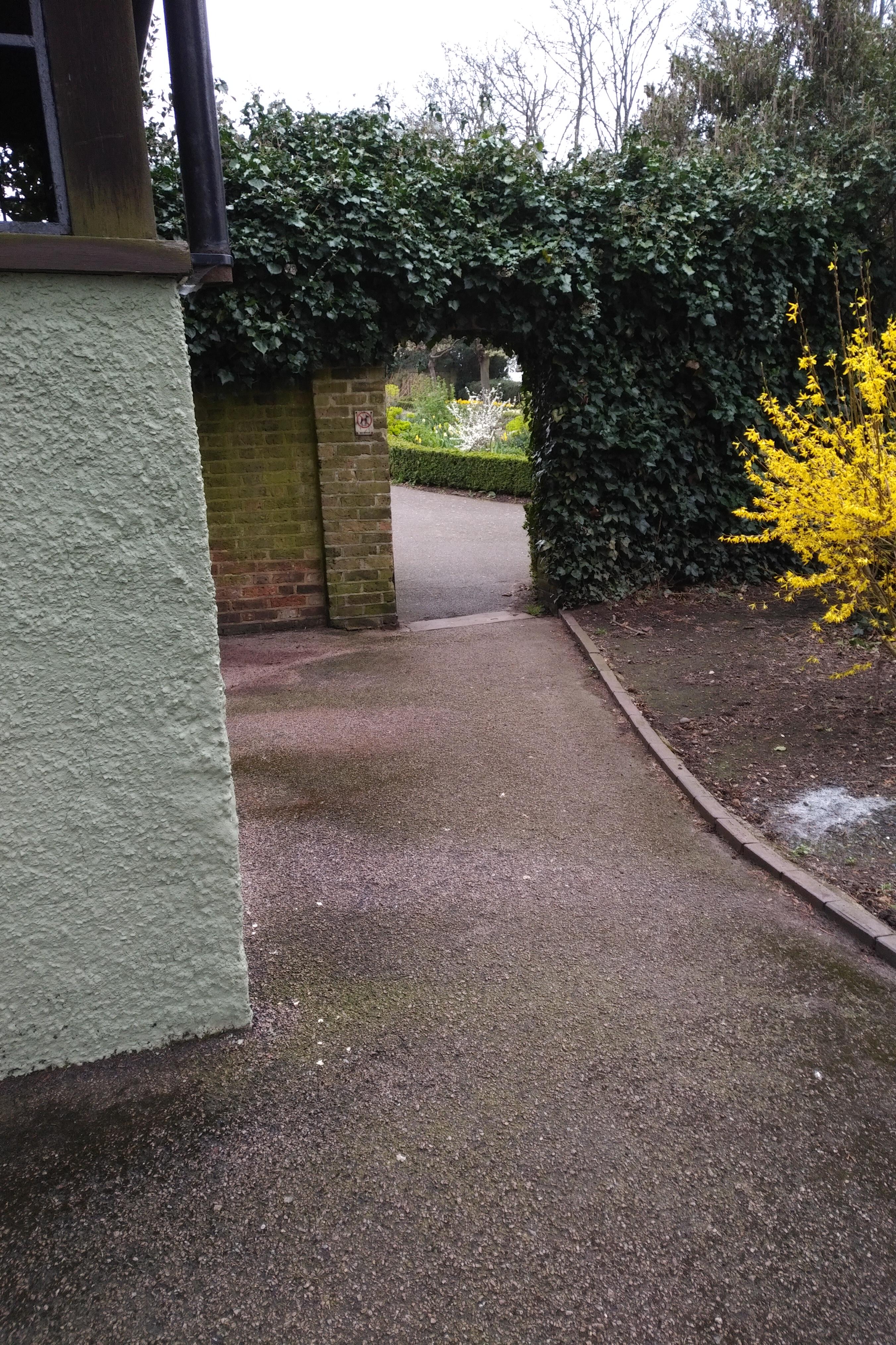gardenwall